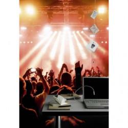 Tenture suspendue photo d'un concert sous les lumières rouges