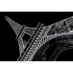 Painting Eiffel Tower by night
