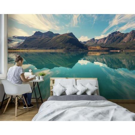 SVARTISEN NORWAY Wallpaper
