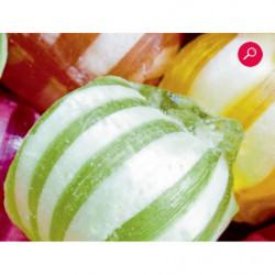 Póster panorámico con caramelos de colores