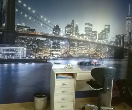 Papier peint pont Brooklyn bleu chez Véronique