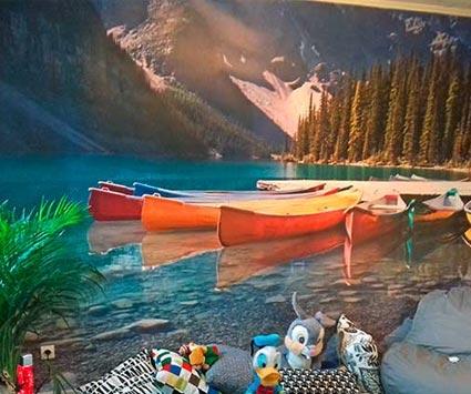 Papier peint panoramique dans une chambre à coucher