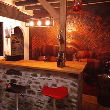 Décoration mur bar cave à vin