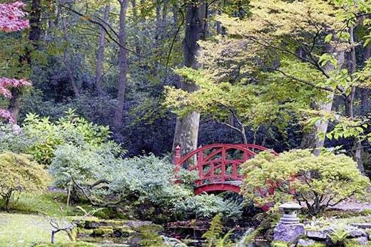 Brise vue pont zen en Asie