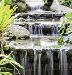 Tenture suspendue chute d'eau